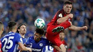 Jovic schießt die Eintracht ins Pokalfinale